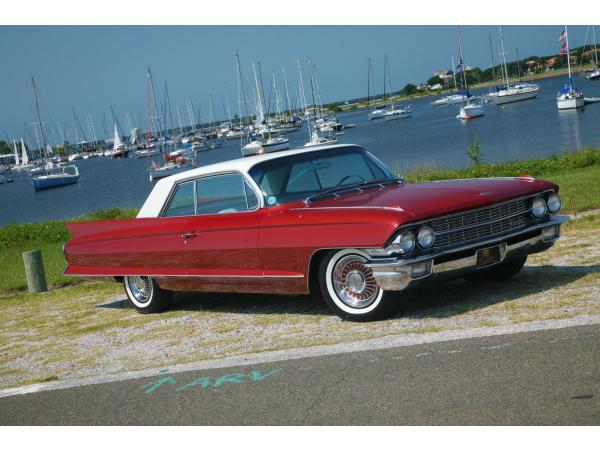 Cadillac DeVille 1962 $24000.00 incacar.com