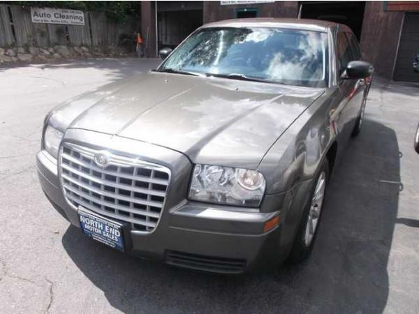 Chrysler 300 2008 $8900.00 incacar.com