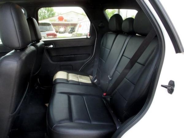 Ford Escape 2011 $14800.00 incacar.com