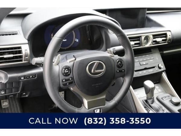 Lexus IS 2015 $20.50 incacar.com