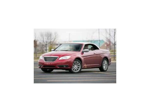 Chrysler 200 2013 $10040.00 incacar.com