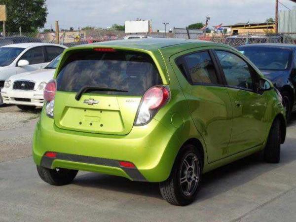 Chevrolet Spark 2013 $4799.00 incacar.com