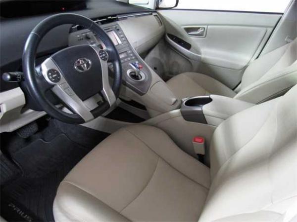 Toyota Prius 2013 $9334.00 incacar.com