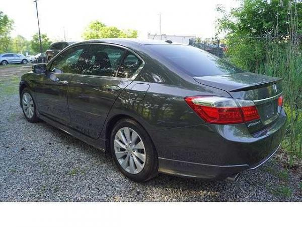 Honda Accord 2013 $16995.00 incacar.com