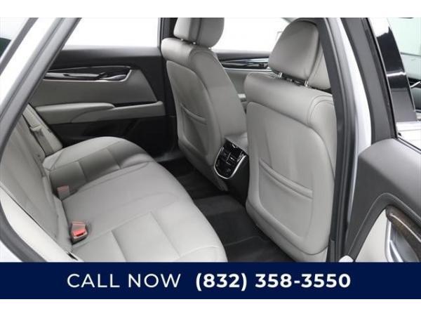 Cadillac XTS 2013 $4550.00 incacar.com