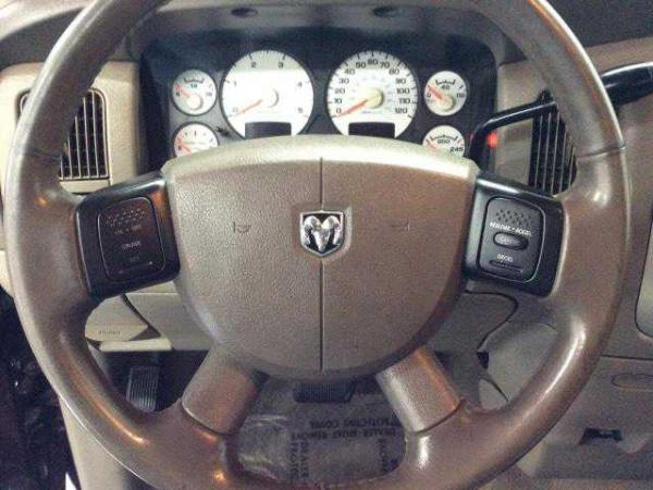 Dodge Ram 3500 2005 $21999.00 incacar.com