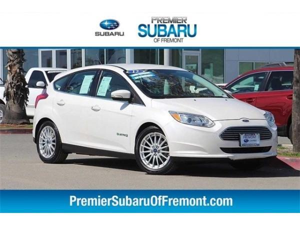 Ford Focus 2012 $9880.00 incacar.com