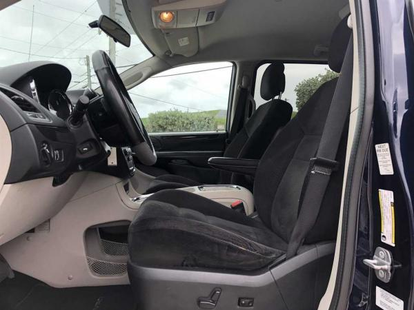 Dodge Grand Caravan 2014 $9177.00 incacar.com