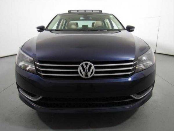 Volkswagen Passat 2013 $13388.00 incacar.com