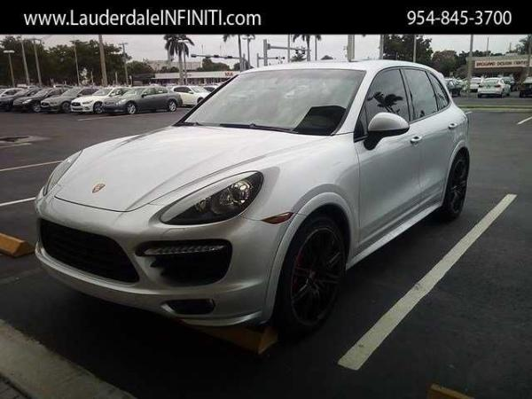 Porsche Cayenne 2014 $54989.00 incacar.com