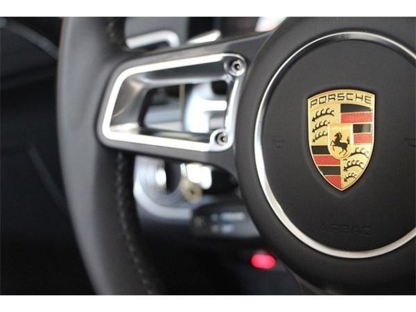 Porsche 911 2017 $129880.00 incacar.com